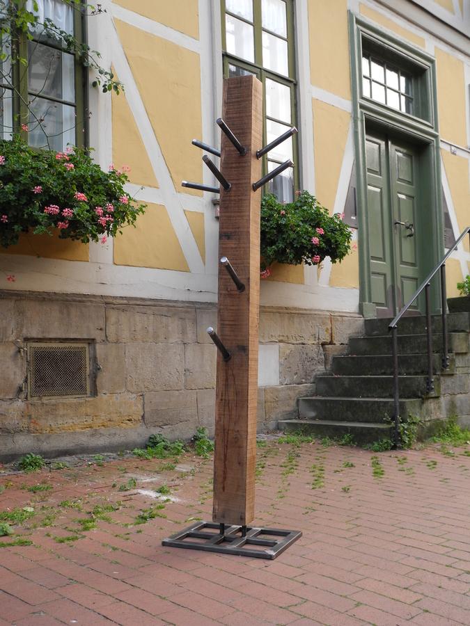 Metallgestaltung spitzbart aus hildesheim interieur bau for Garderobe 2m